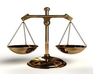 El lapso de prescripción de los honorarios profesionales de los abogados, en particular, en el caso de la demanda de cobro de costas procesales
