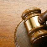 En casación no puede atacarse los vicios de la sentencia de primera instancia