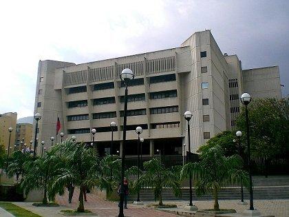Cómputo del lapso de caducidad en la Ley del Estatuto de la Función Pública