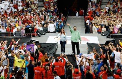 Nicolás Madur y Cilia Flores
