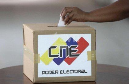Renovación de los partidos políticos de oposición